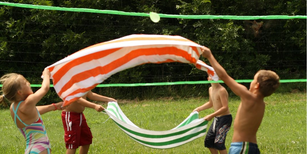 8 Cool Backyard Water Games For Kids Amp Teens Hapiness Is